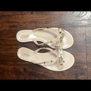 Shoes - Studs sandals
